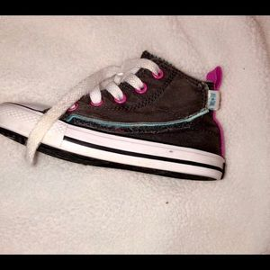 Converse Shoes - Little girls converse allstar